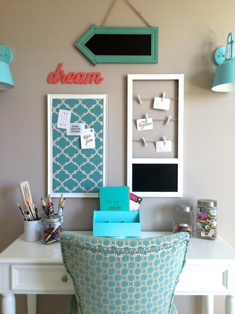 Teen desk gallery wall