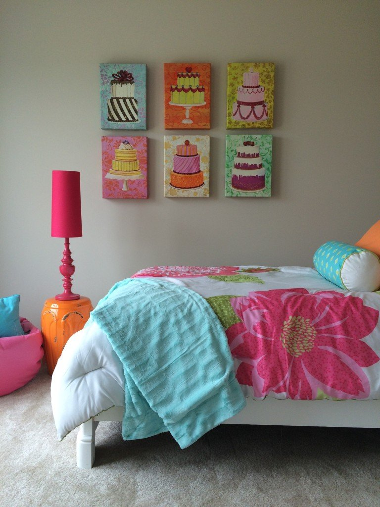 This bed is just right! A dessert inspired girls bedroom by MemeHill.com