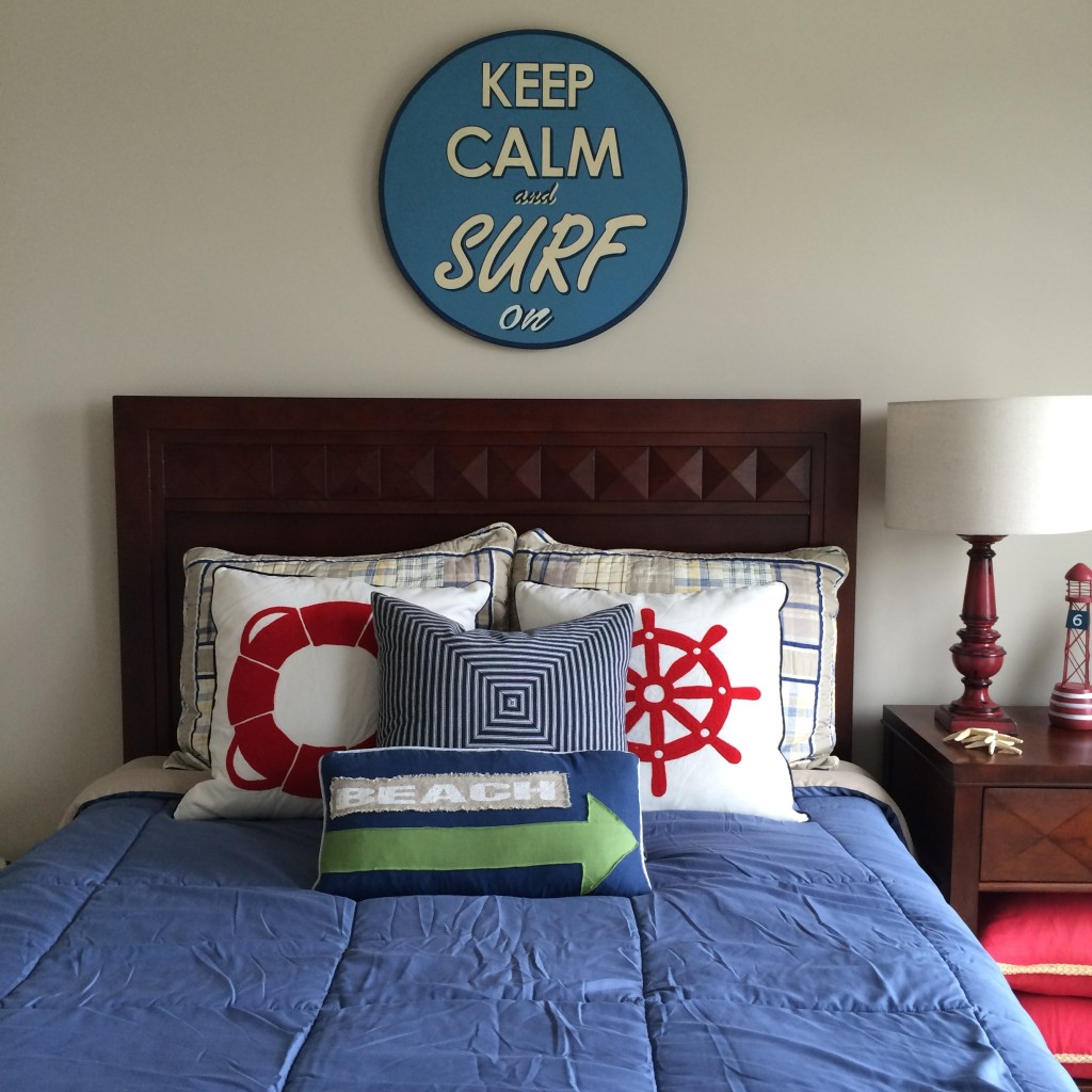 This bed is just right! A nautical inspired boys bedroom by MemeHill.com