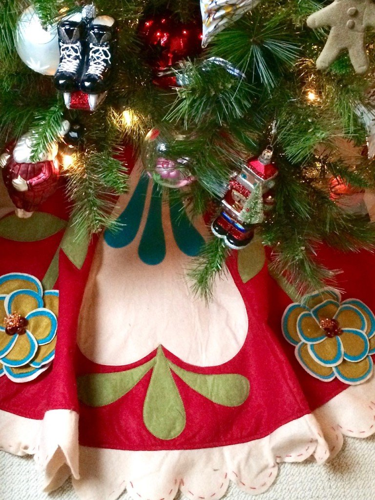 Decking the Halls For Christmas with Meme Hill Studio