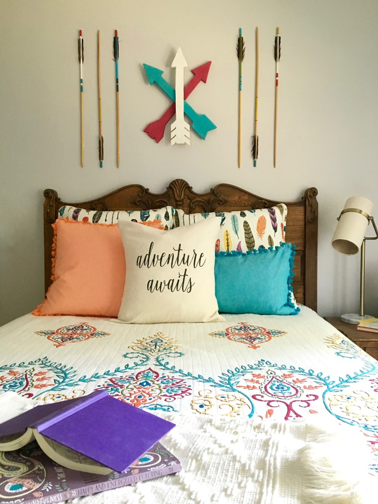 boho_chic_bohemian_bedding_bedroom_teen_makeover_elepahont_decor_adventure_bedding_arrows_the_dotted_bow_pillow_feathers