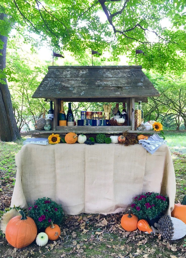 fall_home_tour_traditonal_decor-_home_bar_cart_planter_ideas_entertaining_harvest_pumpkins_sunflowers_wine_bar_outdoor