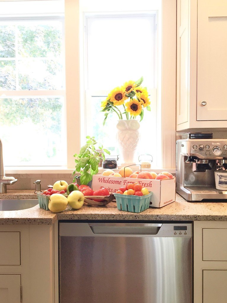fall_home_tour_traditonal_decor-_home_kitchen_ideas_canning_harvest_fruit_sunflowers
