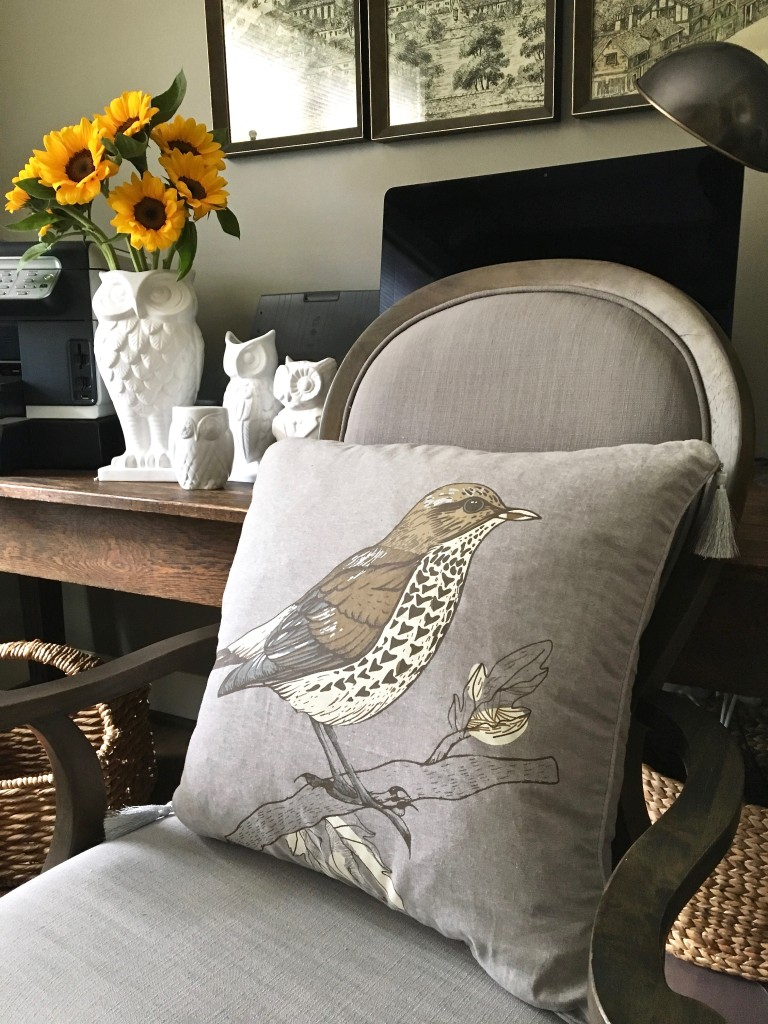 fall_home_tour_traditonal_decor-_home_office_ideas_desk_chair_sunflowers_bird_pillow