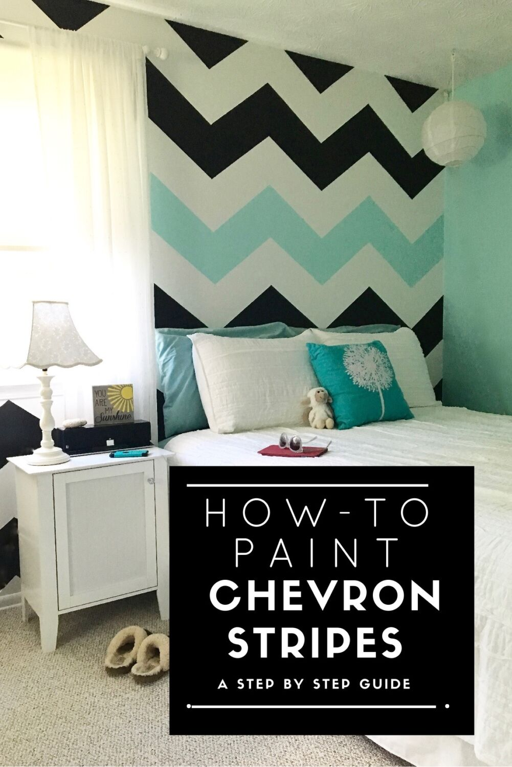 how to paint chevron stripes, teen girls room ideas, black and white stripes, how to paint stripes on walls,