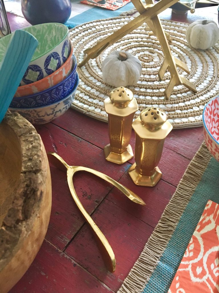 thanksgiving_friendsgiving_setting_the_table_boho_chic_gold_wishbone_beaded_chargerjpg