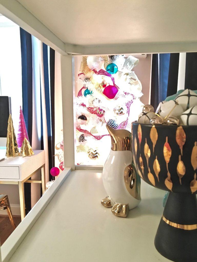 meme-hill-black-white-christmas-tree-teen-room-pink-ornaments-raymour-flanigan-elio-gold-desk-polka-dots-penguin