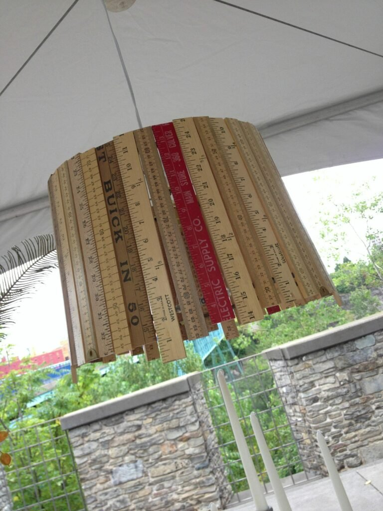 diy_light-lamp-chandelier-yard-sticks-yardsticks-ruler-rulers-lamp-kit-meme-hill