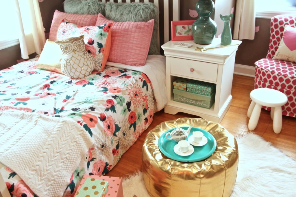 Sherwin_williams_poised_taupe_color_year_bedding_gold_land_nod_Homegoods_target_Pink-Mint_green_girls_room_Cute_fabulous_owl_pillow_fur-rug-floral