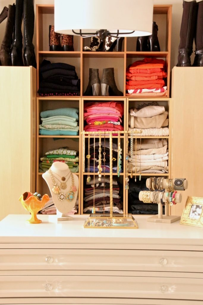dream-walk-in-closet-organizing-jewelry-clothes-homegoods-home-decorators-collection-martha-stewart-crafts-furniture-crystal-knobs