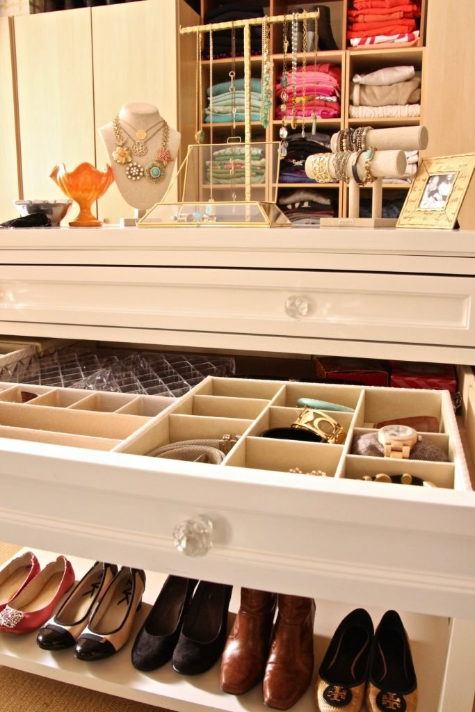 dream-walk-in-closet-organizing-jewelry-clothes-homegoods-crystal-knobs-hardware-storage-shoes-trays