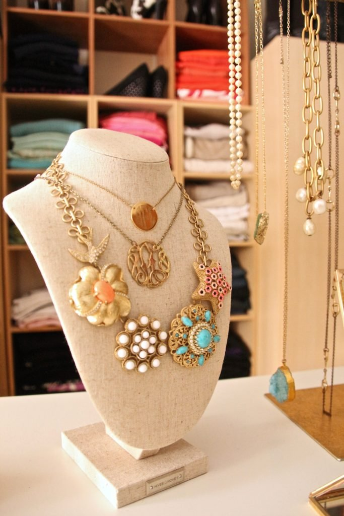 dream-walk-in-closet-organizing-jewelry-clothes-homegoods-necklace-display-furniture