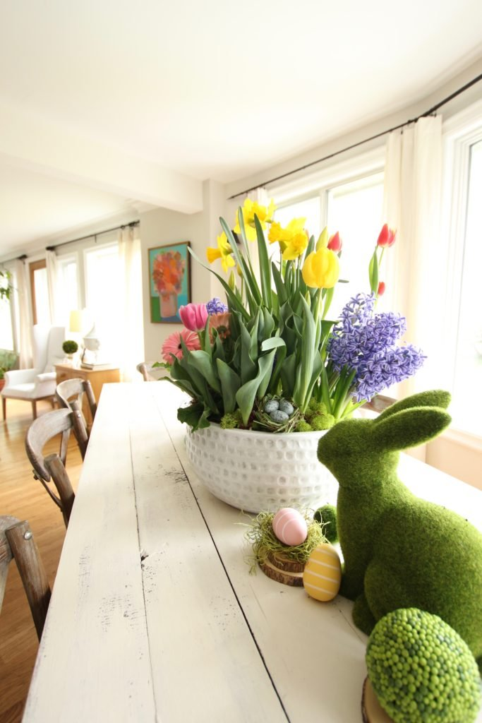 gerbera_daisies_container_garden_spring_easter_planter_flowers_white_moss_rabbits_meme_hill_farmtable
