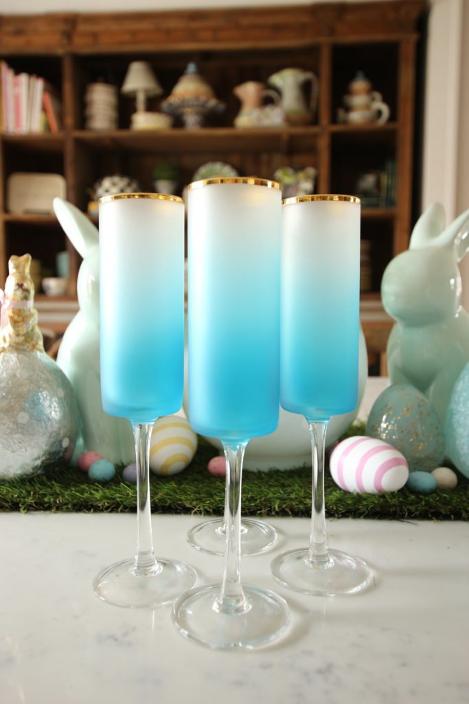 gold-rimmed-flutted_champagne_glasses-homegood_turquoise_ombre_meme_hill