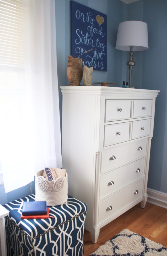 How To Decorate A Beautiful Sorority Room With Raymour Flanigan