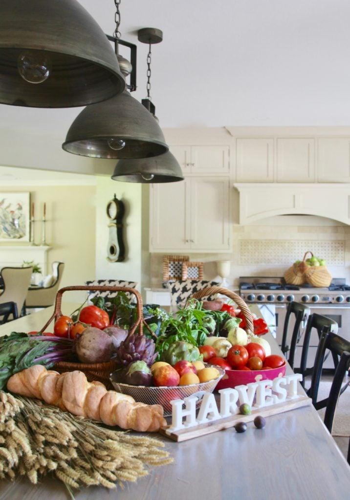 Fall_Blogger_home_tour_living_room_neutral_decor_autumn_colors_meme_hill_Amie_freling_HomeGoods_agape_candle_canning_harvest_public_market_gorgeous_kitchen