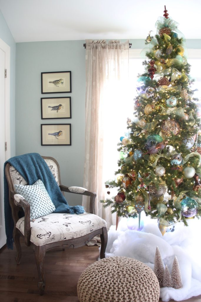 Christmas_bedroom_gorgeous_Turquoise_Makeover_bedding_bonTon_Laura_ashley_Meme_hill_Amie_freling_Tree_Bird_art_Monarch_chair_raymour_flanigan_collectible