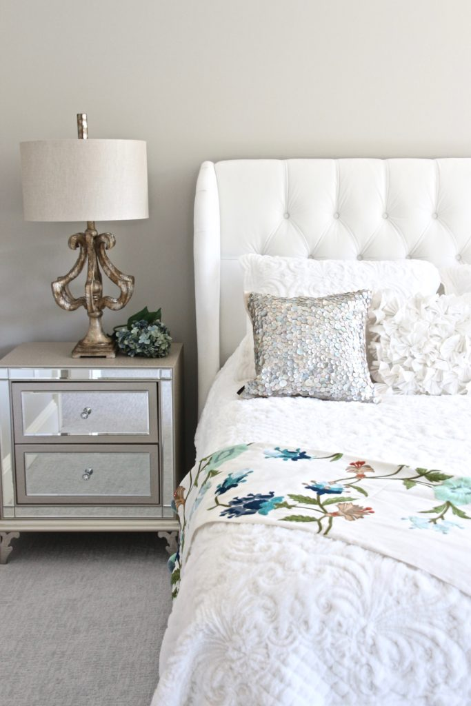 Meme_HIll_studio_amie_Freling_Raymour_flanigan_White_glam_bedroom_gorgeous_Thayer_upolstered_bed_accent_pillows_Dialia_mirrored_nightstand