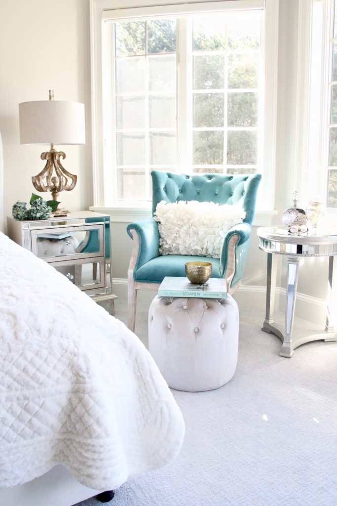 Meme_HIll_studio_amie_Freling_Raymour_flanigan_White_glam_bedroom_gorgeous_Thayer_upolstered_bed_accent_pillows_Dialia_mirrored_nightstand_shepard