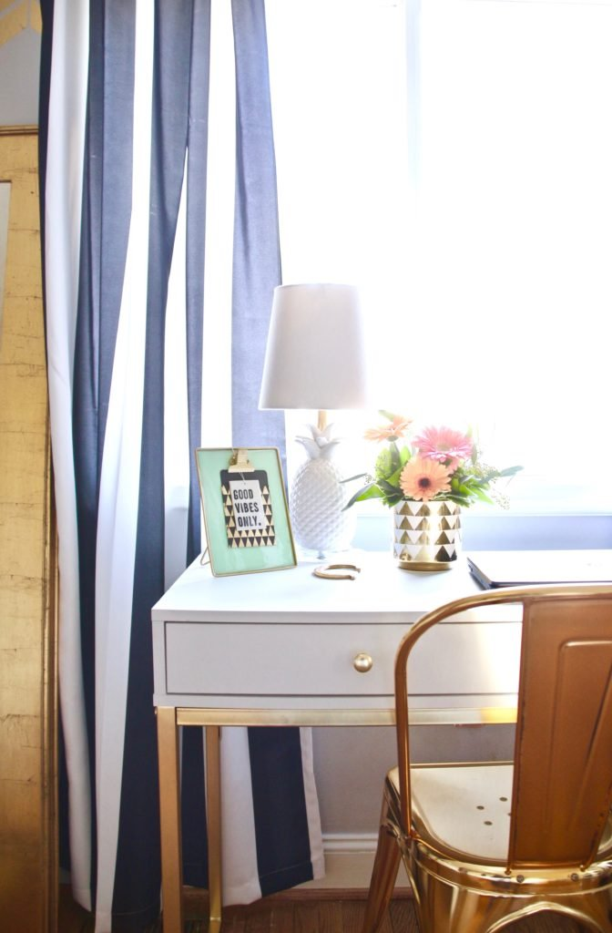 Meme_hill_studio_amie_freling_teen_room_ideas_black_white_chic_desk_Raymour_flanigan_gold_chair_striped_curtains_flowes