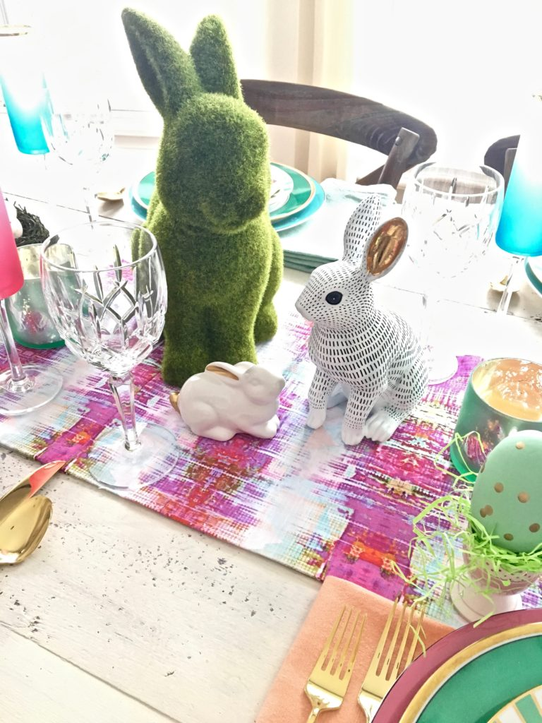 Meme_Hill_AMie_freling_centerpiece_flower_floral_Easter_decorarting_ideas_setting_table_homegoods_colorful_easy_tips_farmhouse_bunny_eggs_bright_hot_pink