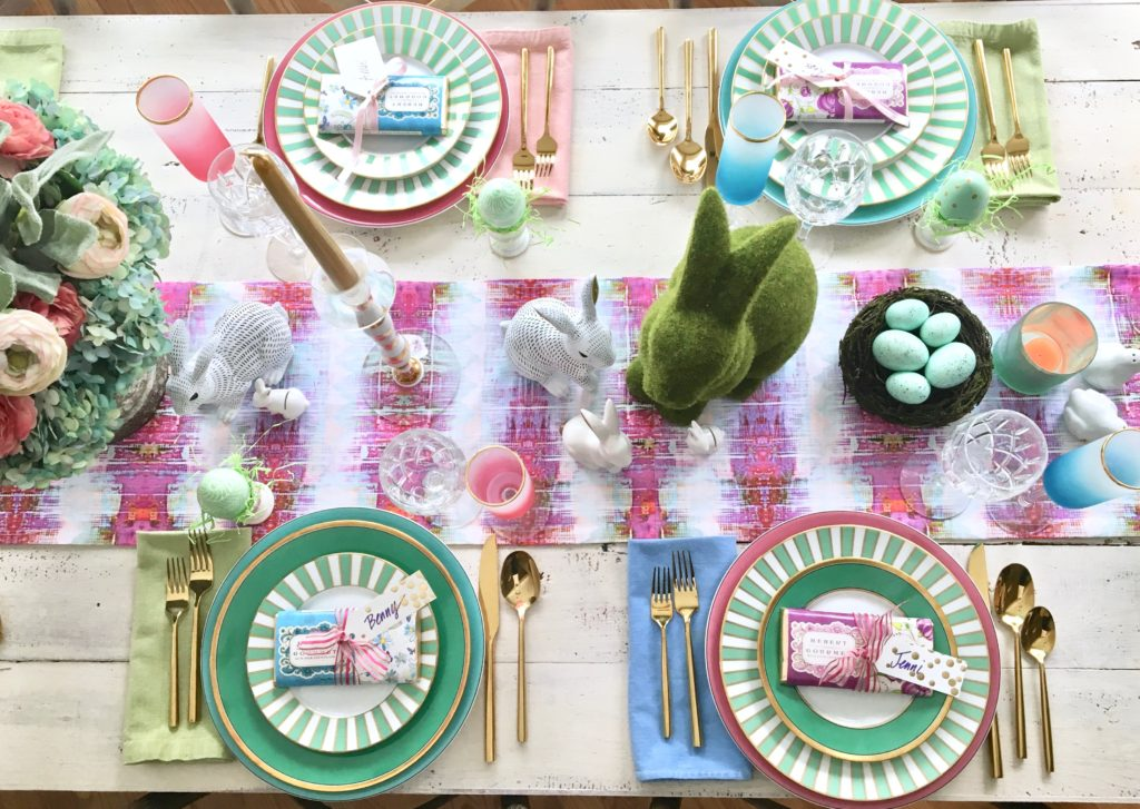 Meme_Hill_AMie_freling_centerpiece_flower_floral_Easter_decorarting_ideas_setting_table_homegoods_colorful_easy_tips_farmhouse_bunny_eggs_bright_runner