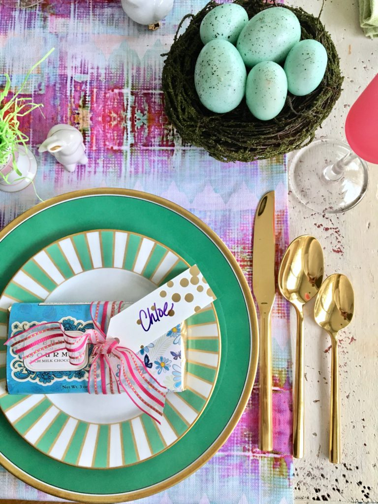 Meme_Hill_AMie_freling_centerpiece_flower_floral_Easter_decorarting_ideas_setting_table_homegoods_colorful_easy_tips_farmhouse_decor