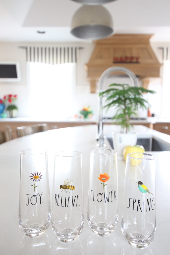 Colorful_jumpstart_Spring_kitchen_Meme_Hill_Studio_Amie_Freling_Raymour_flanigan_black_Houndstooth_Flowers_Kitchen_rae_dunn_glasses