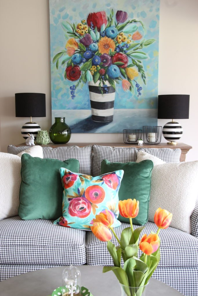 Colorful_jumpstart_Spring_kitchen_Meme_Hill_Studio_Amie_Freling_Raymour_flanigan_black_Houndstooth_Flowers_painting_White