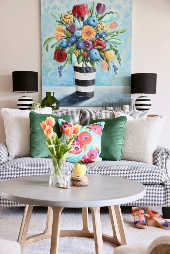 Colorful_jumpstart_Spring_kitchen_Meme_Hill_Studio_Amie_Freling_Raymour_flanigan_black_Houndstooth_Flowers_painting_White_kate_spade_sofa