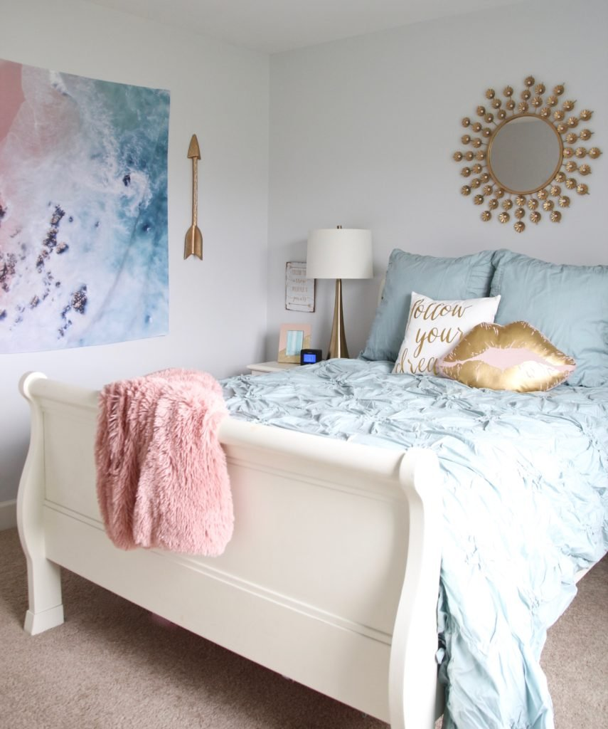 Designing_Teen_room_to_Last_white_furniture_makeover_bedroom_MemeHIll_studio_amie_freling_decorating_ideas_lighting_turquoise_pink_gold_blanket