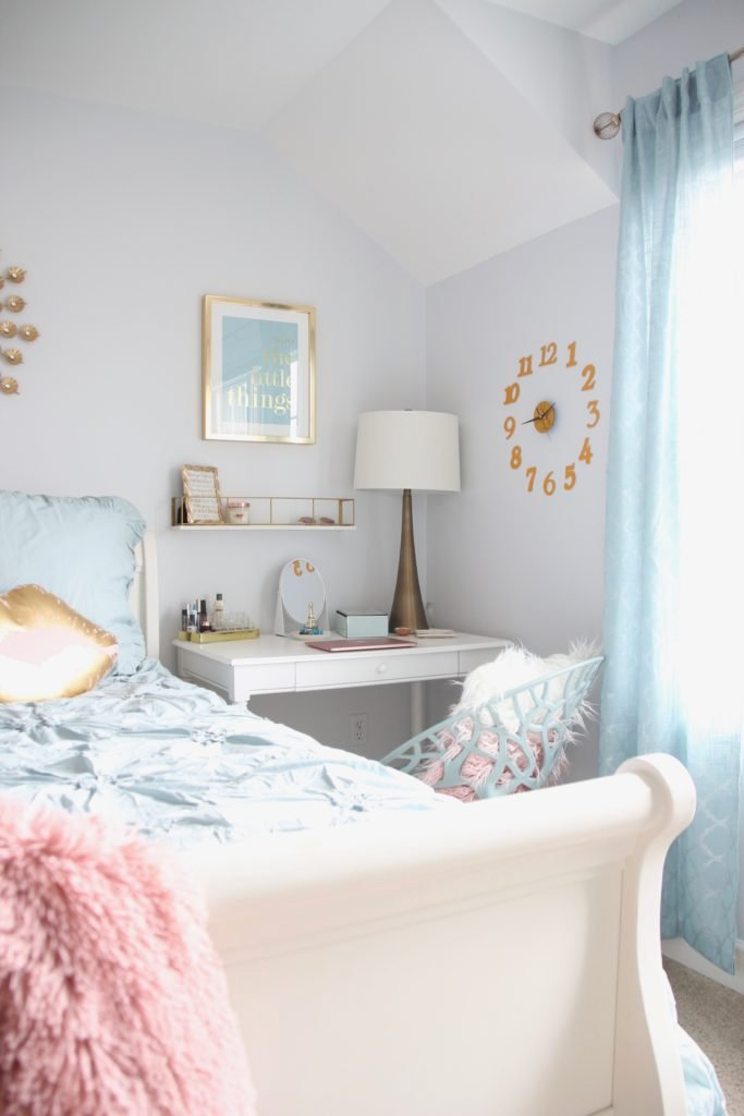 Designing_Teen_room_to_Last_white_furniture_makeover_bedroom_MemeHIll_studio_amie_freling_decorating_ideas_lighting_turquoise_pink_gold_chic