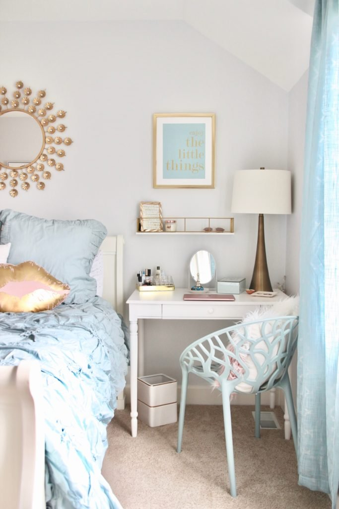 Designing_Teen_room_to_Last_white_furniture_makeover_bedroom_MemeHIll_studio_amie_freling_decorating_ideas_lighting_turquoise_pink_gold_gray_chic_makeup