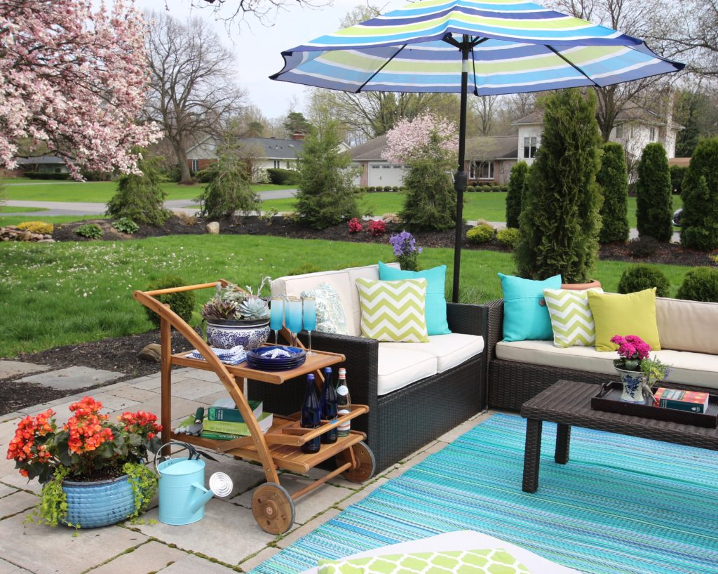 Amie_freling_meme_hill_studio_raymour_flanigan_bar_cart_outdoor_mothers_day_ideas_rochester_ny_Pittsfird
