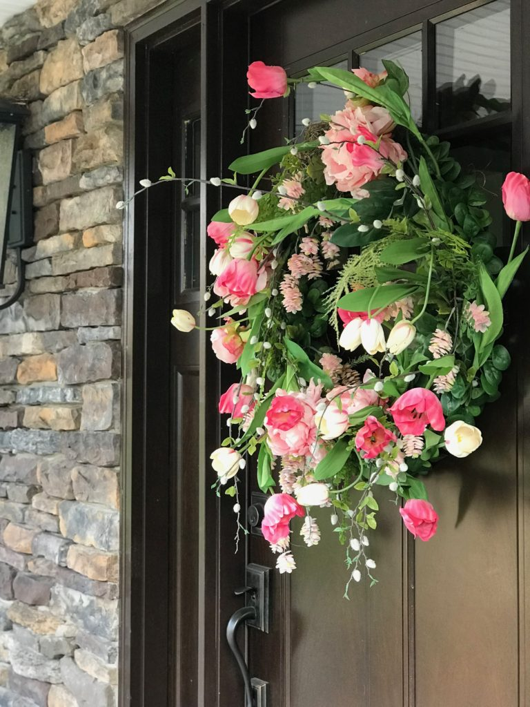 Amie_freling_meme_hill_studio_raymour_flanigan_bar_cart_outdoor_mothers_day_ideas_rochester_ny_wisteria_flowers_gifts_wreath_tulips