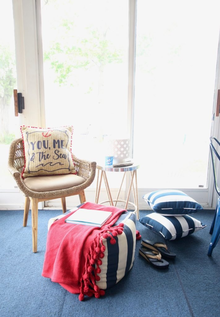 Meme_HIll_Studio_Amie_Freling_Summer_Lake_House_Blogger_Home_Tour_Cottage_Living_Coastal_decor_Leila_chair_Raymour_flanigan