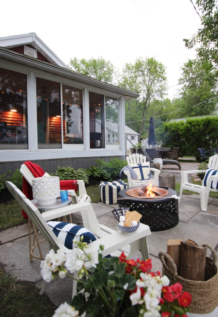 Meme_HIll_Studio_Amie_Freling_Summer_Lake_House_Blogger_Home_Tour_Cottage_Living_Coastal_decor_entertaining_patio