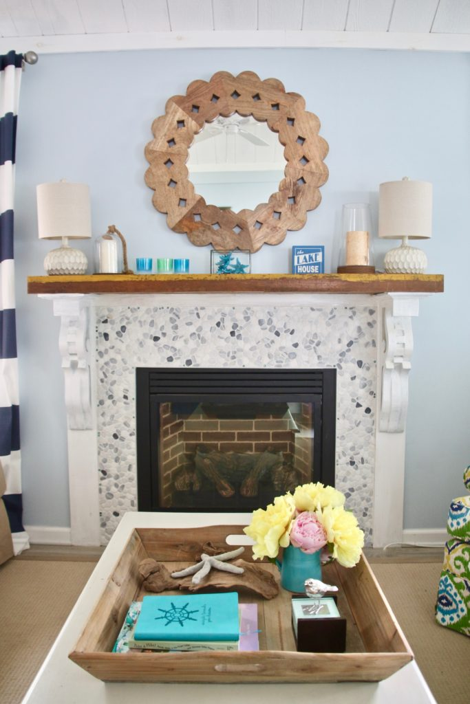 Meme_HIll_Studio_Amie_Freling_Summer_Lake_House_Blogger_Home_Tour_Cottage_Living_Coastal_decor_fireplace