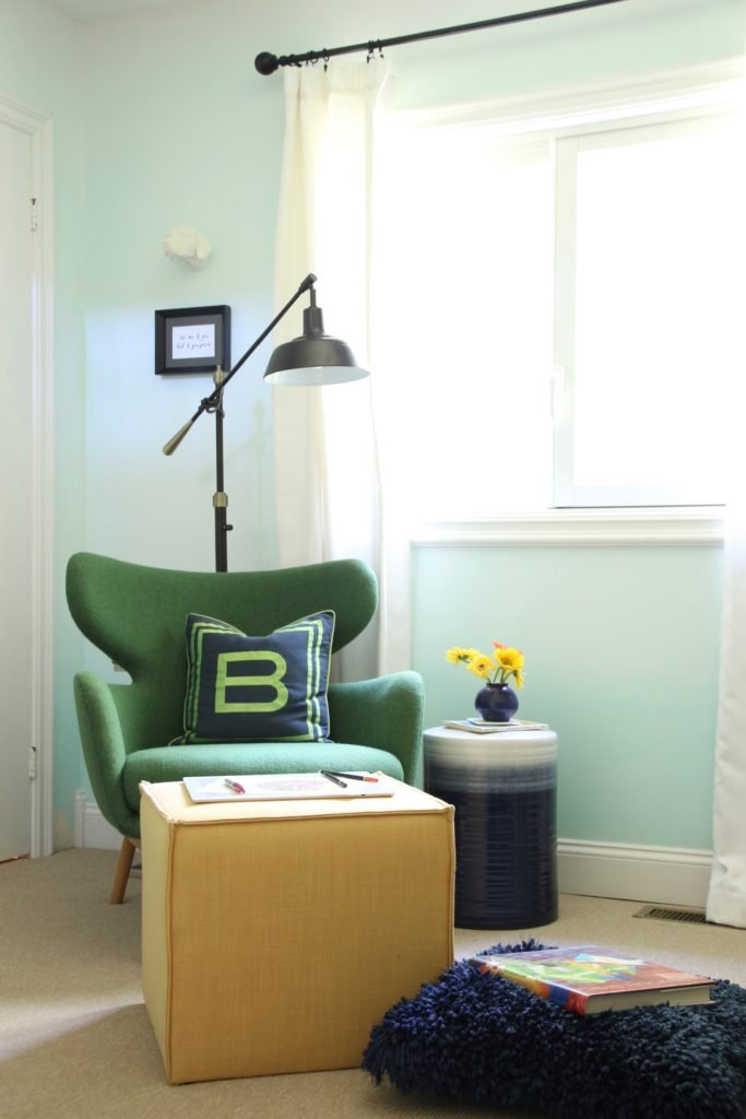 artist home office, office decorating ideas, ombre painted walls, white office furniture, green mid century modern chairs, Raymour and Flanigan , black adjustable desk lamp