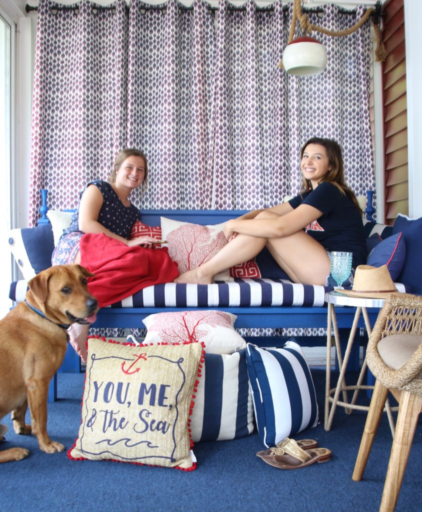 Meme_HIll_studio_amie_freling_Summer_decorating_ideas_Patio_porch_cottage_lakehouse_Patriotic_home_decor_cushion_pillow_nautcial_Lane_stripes_daybed_Sleeping_colorful