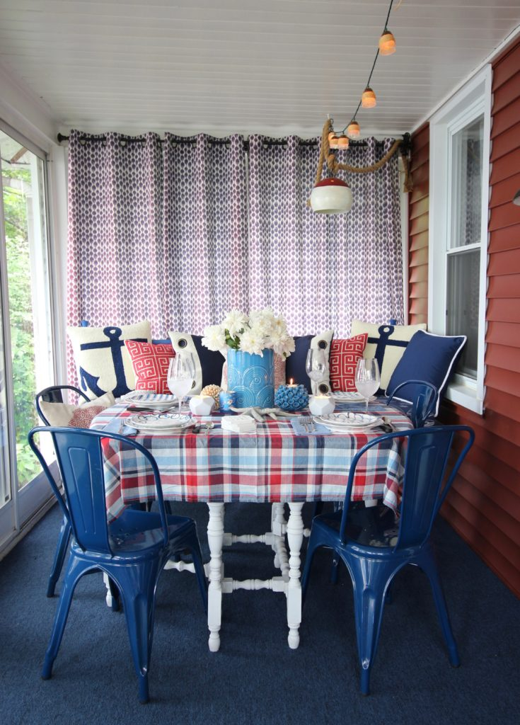 Meme_HIll_studio_amie_freling_Summer_decorating_ideas_Patio_porch_cottage_lakehouse_Patriotic_home_decor_cushion_pillow_nautcial_Lane_stripes_tablescape