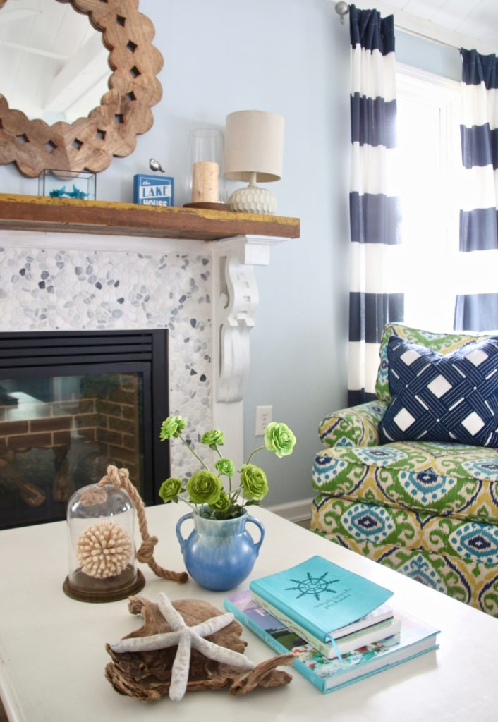 coffee table styling ideas, nautical navy decor, cottage style