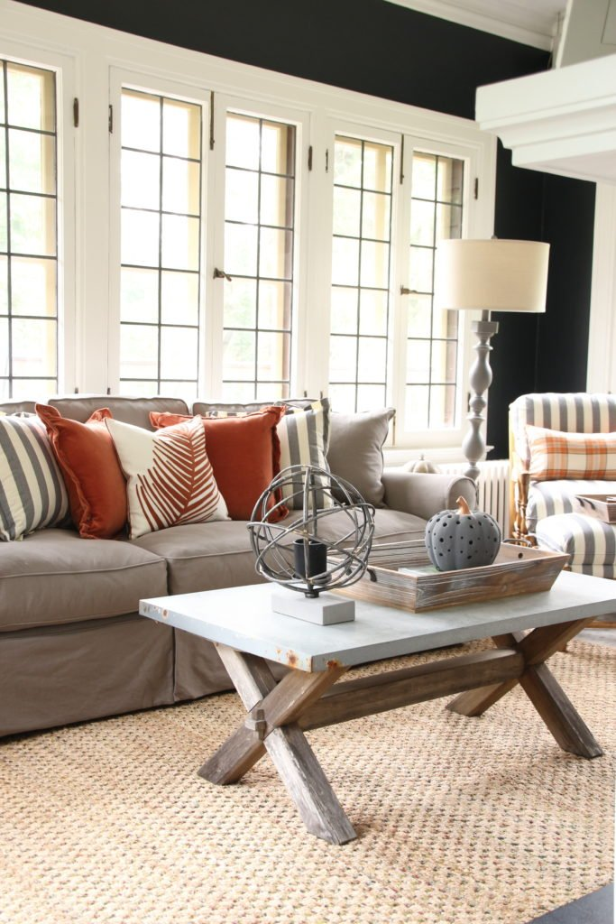 fall home decorating ideas, pretty sunrooms, black paint colors