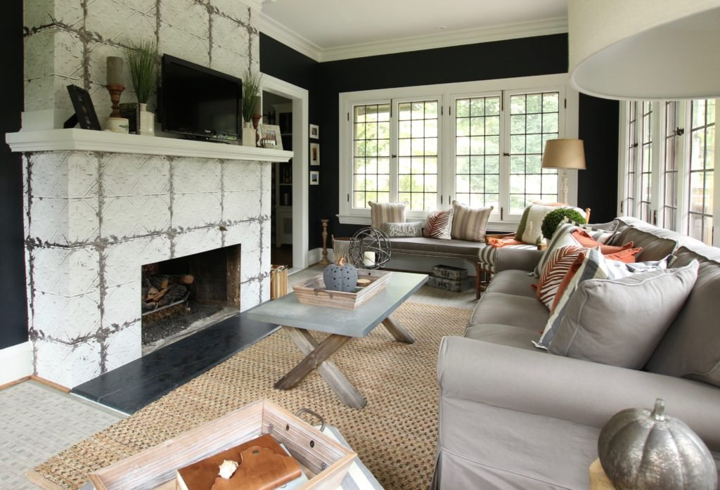 fireplace decorating ideas, black wall colors, sherwin Willims tricorn black, HGTV home wallpaper