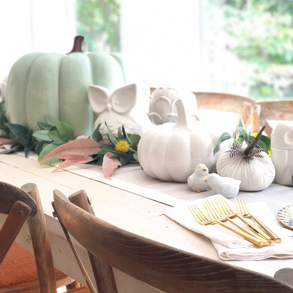 white pumpkins, decorating your dining table e ideas, centerpiece ideas for Fall
