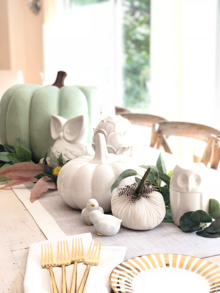 white pumpkins, decorating your dining table e ideas, centerpiece ideas for Fa