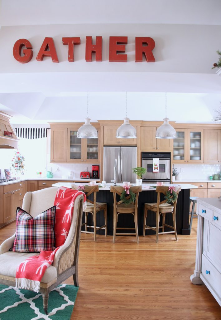 christmas kitchens, blogger style kitchen decor