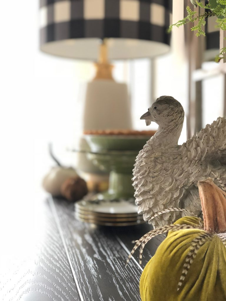 fake turkeys, decorating for Thanksgiving , faux turkey figurines