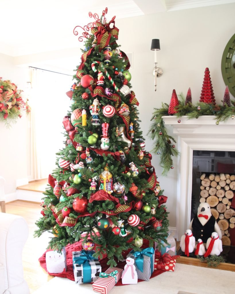 pretty living rooms, christmas decorating ideas, king of christmas trees prelim