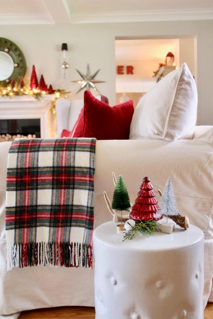 plaid wool blankets, pretty christmas throws, tartan plaid blankets